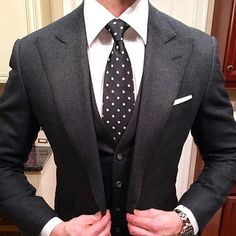 Yes or No? via @mensfashion_guide by @gentsplaybook #classydapper