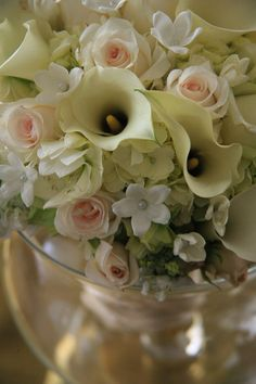 Wedding Flowers Photo Stone Manor Country Club| Whysall Photography