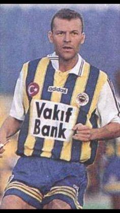 Jes Högh / Danimarka ( 57 kez) (Aalborg 1,5 M € 1995-1999 Chelsea)