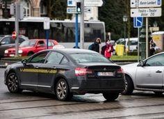 Le site de #transport alternatif #Uber livre des glaces à Bruxelles #vtc #automobile #voiture