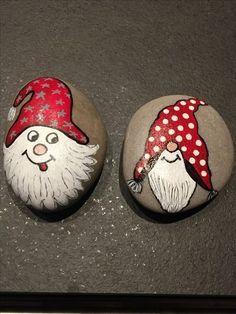 Painted rock ideas christmas 24 - A Steine bemalen - Christmas Rock, Christmas Crafts, Christmas Decorations, Christmas Ornaments, Christmas Ideas, Christmas Design, Xmas, Rock Design, Stone Crafts