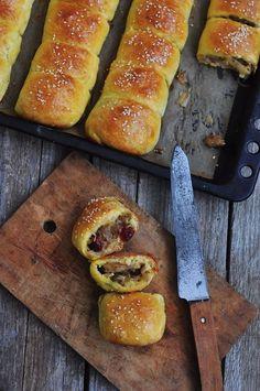 Пирог с капустой, клюквой и грибами: saharisha