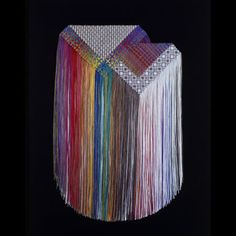 By a thread: string in contemporary art