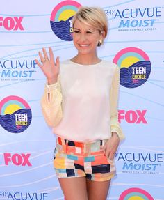 Chelsea Kane Photo - Teen Choice Awards...maybe after i adjust to the shortness of my hair ill try this for the summer