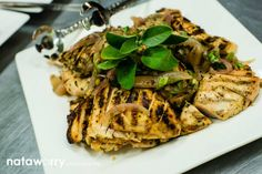Grilled local herb lemon chicken | Ravishing Radish Catering | Nataworry Photography