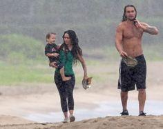 MORE PICS Of Lisa Bonet And Jason Momoa Hitting The Beach In Hawaii