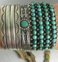ARROWS-Beautiful-Old-Fred-Harvey-Navajo-Early-30s-Green-Turquoise-Cuff-Bracelet