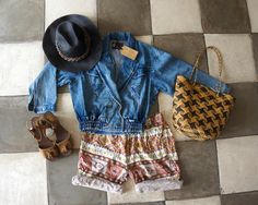Our Le Toko Vintage Picks! #denimjacket #ethnicshorts #woodensandals #hat #rotanbag #vintage #bali #letoko