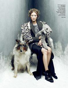 Mag: Harper's Bazaar Korea -January 2014 Photographer: Choi Yong Bin Model: Lee Hyun Yi Stylist: Mirim Lee Make-Up: Suk Kyung Lee Hair: Lee Jiyoung