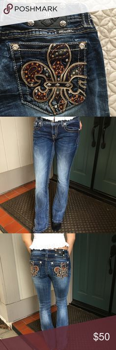 2764c4f1fa8 Miss Me Jeans Boot Cut Size 28 Miss Me Jeans Size 28 Beautiful bedazzled  paisley fluer
