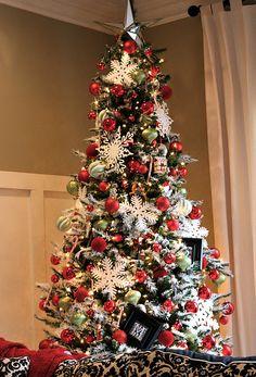 Christmas trees on pinterest christmas tree ideas white for Red green gold white christmas tree
