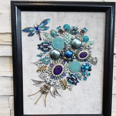 Costume Jewelry Crafts, Vintage Jewelry Crafts, Dragonfly Jewelry, Jewelry Art, Vintage Ideas, Flower Frame, Cool Gifts, Shadow Box, Blue Flowers