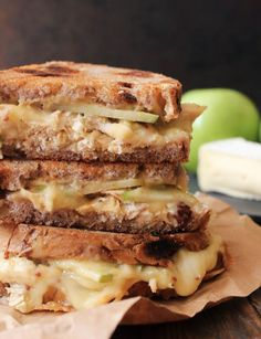 Sweet, savory, and cheesy to the max, this dressed up grilled cheese is fall comfort food at its finest.