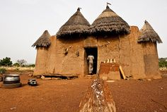 Why I Created a Database to Document African Vernacular Architecture,Benin - a Tata Somba. Vernacular Architecture, Ancient Architecture, Sustainable Architecture, Architecture Photo, Unique Architecture, Places Around The World, Around The Worlds, Unusual Homes, World Cities