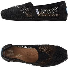 Toms Sneakers ($87) ❤ liked on Polyvore featuring shoes, sneakers, black, toms shoes, black flat sneakers, black trainers, black shoes and black flat shoes