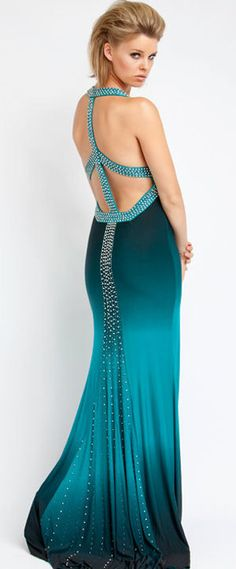 http://prommafia.com/wp-content/uploads/2010/01/long-teal-dress1.jpg  #JulepColorChallenge and #CreateYourJulepColor