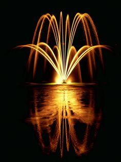 Big pond fountains | Large pond Fountains - Something Fishie Photo Gallery