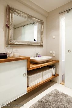 Liukuovet kylpyhuoneessa