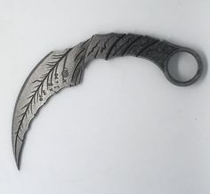 printer design printer projects printer diy Geeky things Geeky things Mazikeen& Sage Blades Printed Unofficial you can find simila. Cool Knives, Knives And Swords, Lucifer Mazikeen, Knife Drawing, Knife Template, Concept Weapons, Acrylic Spray, Morning Star, 3d Prints