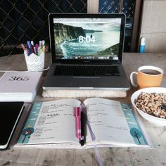 elevenfortystudy: 26.8.15 | Up and at them! Planning my day, trying to figure…