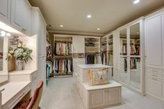 Her Closet - Brentwood, TN - 5 beds 5 baths 12,439 sqft