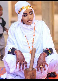 Fashion, African Dress, Weddings, Moda, Fashion Styles, Fashion Illustrations