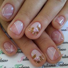 at home nails Pretty Toe Nails, Sexy Nails, Fancy Nails, Cute Nails, Cherry Blossom Nails, Minimalist Nails, Spring Nail Art, Colorful Nail Designs, Flower Nail Art