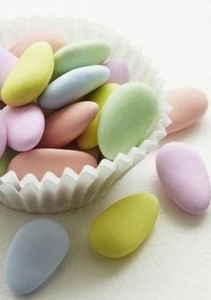 The real treats at Easter are the candy versions. We've rounded up the best drugstore bargains and a few sweet splurges to fill your Easter basket with the best chocolate Easter eggs around. Soft Colors, Pastel Colors, Soft Pastels, Jordan Almonds, Candied Almonds, Pastel Candy, Colorful Candy, Pastel Palette, Easter Chocolate