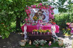 http://inspiresuafesta.com/decoracao-masha-e-o-urso/
