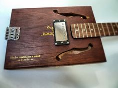 3-String Tremolo | Humbucker
