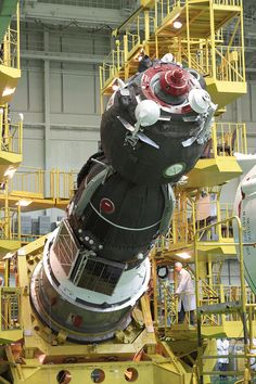 Soyuz - Wikipedia the free encyclopedia Cosmos, Space Images, Artwork Images, Event Logistics, Soyuz Spacecraft, Nasa Space Program, Space Launch, Space Rocket, Space And Astronomy