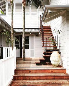 British West Indies Style Home - Porch Coastal Farmhouse, Modern Coastal, Coastal Style, West Indies Style, British West Indies, Beach Cottage Decor, Coastal Decor, Coastal Entryway, Tropical Decor