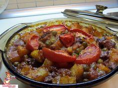 Pratik Etli Patatesli Güveç Tarifi... Pratik güveç nasıl yapılır? Birbirinden güzel ve pratik yemek tarifleri için tıklayın.