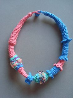 cROCHETTED NECKLACE