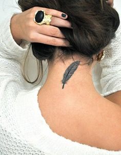 20 Simple Tattoos for Women - Beste Tattoo Ideen Girly Tattoos, Pretty Tattoos, Beautiful Tattoos, Small Tattoos, Amazing Tattoos, Best Neck Tattoos, Girl Neck Tattoos, Boy Tattoos, Body Art Tattoos