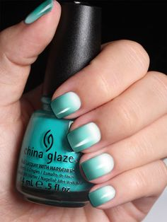 18 Chic Nail Designs for Short Nails: Ombre Peal Nail Art Chic Nail Designs, Short Nail Designs, Simple Nail Designs, Chic Nails, Fun Nails, Pretty Nails, Teal Nails, Gradient Nails, Glitter Nails