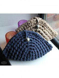 Handbag-Elsa-Clutch-Tshirt-Yarn-300x400.jpg (300×400)
