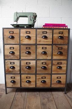 vintage furniture Industrial Apothecary Drawer Unit: Stunning vintage style which will look perfect in a modern setting. A multi drawer wood and iron storage solution. Industrial Drawers, Industrial Design Furniture, Vintage Industrial Furniture, Wood Drawers, Industrial Interiors, Industrial House, Diy Furniture, Furniture Design, Industrial Lighting