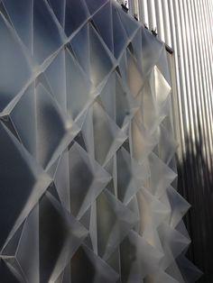 An Interactive, Temporary Building Façade by Mahsa Vanaki Photo