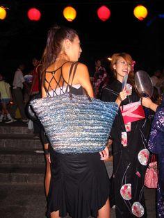awa odori oban matsuri tokushima shikoku 2006 japan awa dance natsu girls fashion