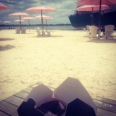 @mbschwalm: Loving these Toronto days! #TorontoLIVE @fstoronto lunch on the beach #tacosandaview