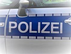 Offenburg– Ein alkoholisierter Mann hat gestern Nachmittag im Bahnhof Offenburg einen Beamten der Bundespolizei verletzt. Der 37-Jährige wurde von den Beamten bewusstlos in der dortigen Bahnhofsunterführung angetroffen. Nachdem er ärztlich versorgt war und weiter lesen