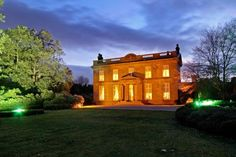 Lit up at night - this Silkstone mansion is a DREAM! >> http://spr.ly/6008Ba2mG #DreamHomes #Mansion #Beautiful