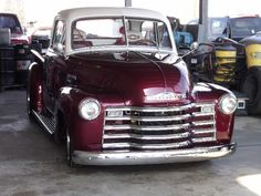 Red and white Vintage Pickup Trucks, Old Pickup, Old Trucks, Vintage Cars, 1959 Chevy Truck, Classic Chevy Trucks, Chevrolet Trucks, Chevy 3100, Chevy Pickups