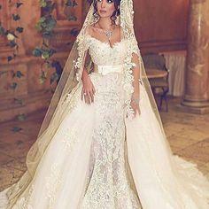 #wedding #weddings #weddingdress #weddinggown #vestido #vestidos #stylish #fashionblogger #whitedress #cocktaildress #design #designer #fashionblogger #love #fashionvideo #blogger #promotion