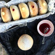 Helau, Alaaf, Ahoi! Die Berliner bekommen Konkurrenz. Von diesen leckeren Ofenberlinern die statt in Öl ausgebacken im Ofen gebacken werden.