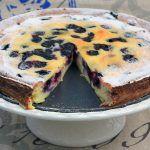 Villámgyors áfonyás túrótorta - Fincsi sütemény Food Hacks, Food Tips, Blueberry, Sweets, Cakes, Weddings, Diet, Berry, Food Stamps
