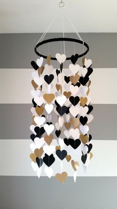 Baby room decor - Heart shape paper mobile Blackwhite and gold Baby room decoration Wedding decoration home decoration Child baby decor Baby Room Decor, Diy Bedroom Decor, Diy Home Decor, Room Baby, Child Room, Kids Wall Decor, Baby Bedroom, Nursery Decor, Home Crafts