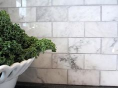 Grey Tumbled Marble Backsplash | White Carrara Marble Subway Tiles 2x4 carrara marble tiles blue-grey ...