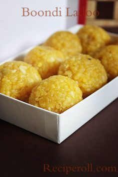 Laddu/Boondi Laddu When I crave for something sweet, Laddu is the first thing comes up. What is better than enjoying a homemade La. Indian Desserts, Indian Sweets, Indian Snacks, Indian Food Recipes, Diwali, Sweet Recipes, Cake Recipes, Indian Pudding, Maharashtrian Recipes